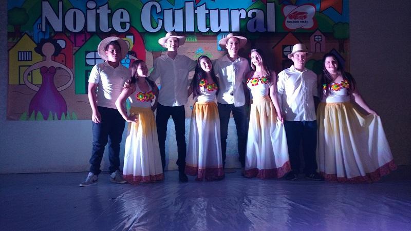 Noite Cultural - Colégio Visão