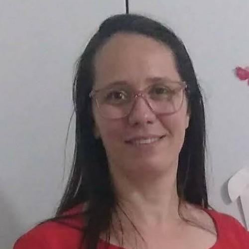 Neila de Menezes Silveira