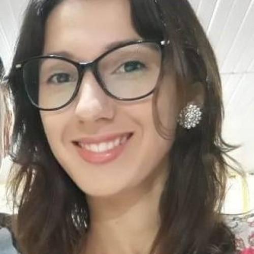 Cristiane Alves Gerola Castro